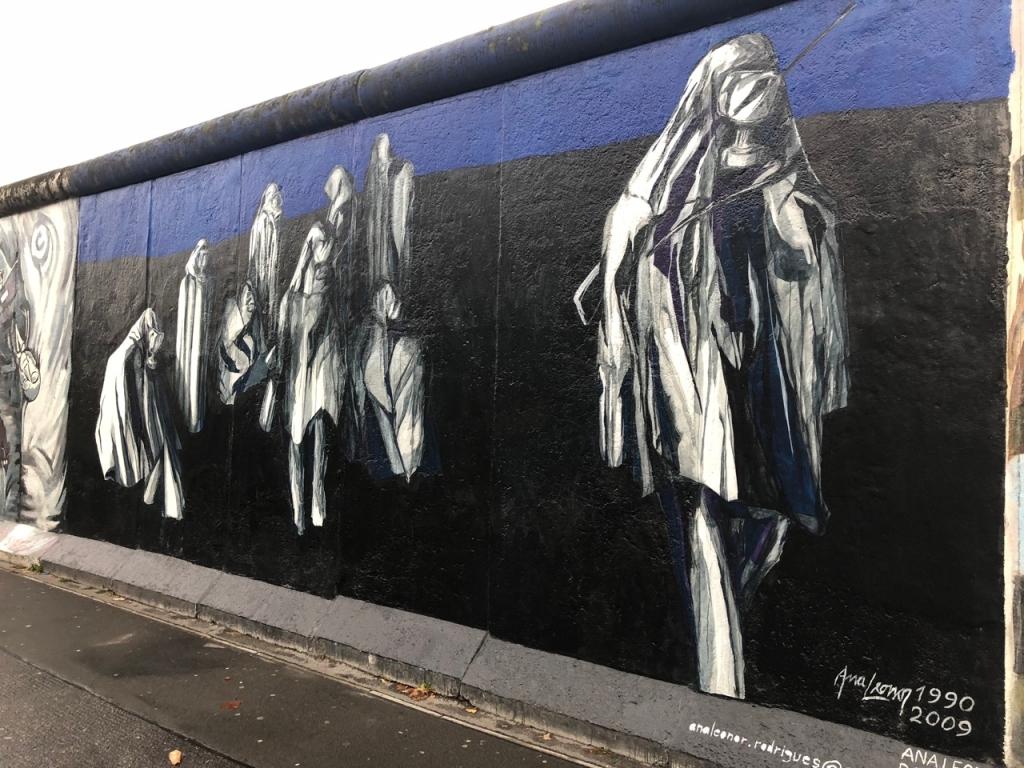 East Side Gallery / Berlin Wall